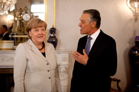 Angela Merkel e Cavaco SilvaENRIC VIVES-RUBIO-Ai se eu pudesse...