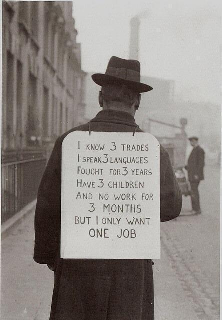 Procurando trabalho nos anos 30.