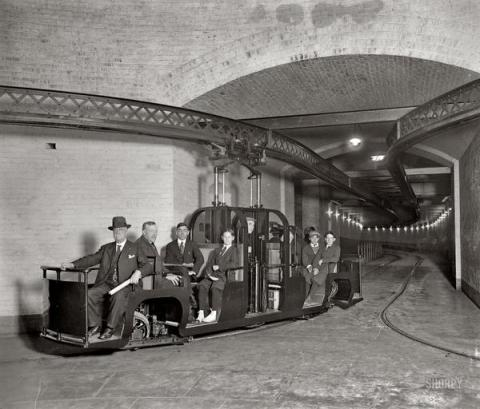 US Senate Subway, 1915, History in Pictures.