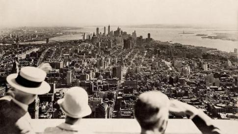 View from the top on the opening day of the Empire State Building, 1931. Historical Pics.