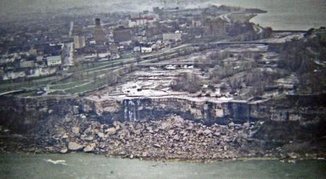 Niagara falls without water. 1969. Historical Pics.