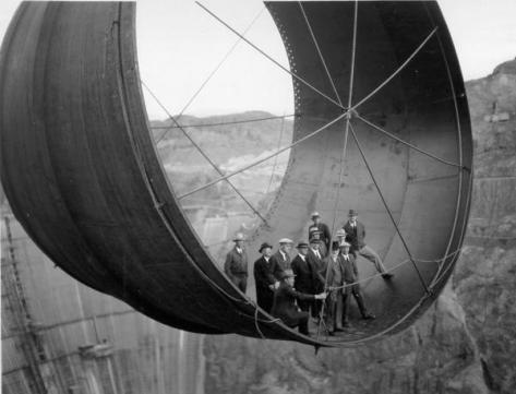 Hoover Dam turbine construction, 1933-1935. History in Pictures.