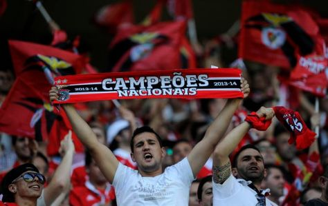Benfica's fans react on the stands prior to their match with Vitoria Guimaraes in a Portuguese League soccer match at D. Afonso Henriques stadium in Guimaraes, Portugal, Sunday, May 17, 2015. (AP Photo/Paulo Duarte) Portugal Soccer