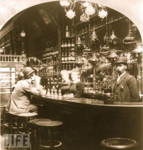 London Pub in 1893. Historical Pics.