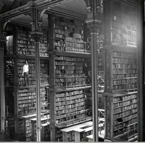 The Old Cincinnati Library, Ohio. Built in 1874, and designed by James W. McLaughlin in 1868. History in Pictures.