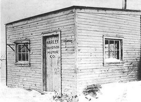 The first Harley-Davidson factory; a tiny wooden shed in the Davidson family backyard in Milwaukee. 1903. Historical Pics.