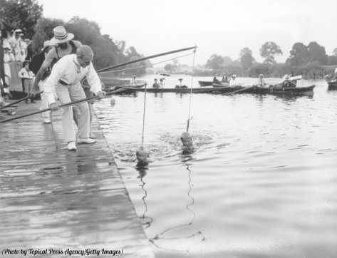 A swimming lesson in the Thames, 1906. Classic Pics.