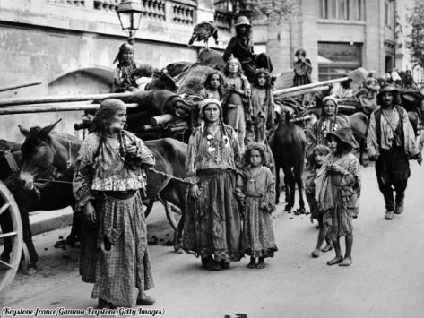 Caravan of Romanian Gypsies, Romania, 1938.History in Pictures.