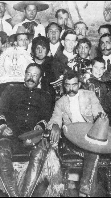 Pancho Villa and Emiliano Zapata. Old Pics Archives.