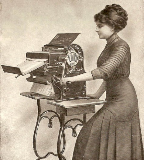 1913 copying machine. Retro Technology. Old Pics Archive.