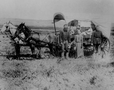 A Pioneer Family in Loup Valley, Nebraska, 1886. Old Pics Archive.