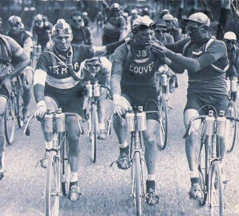 Smoking in the Tour de France  1920s. History in Pictures.