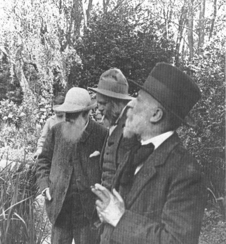 Claude Monet, Ker-Xavier Roussel and Édouard Vuillard at Ginevry, 1920. Old Pics Archive.