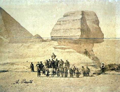 a-group-of-samurai-in-front-of-the-sphinx-egypt-1863-history-in-pictures