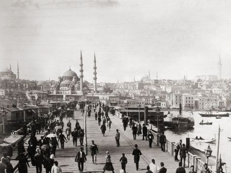 galata-bridge-constantinople-istanbul-1890-old-pics-archive