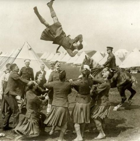 WW1, Scottish troops having some fun away from the trenches. Histyory in Pictures.