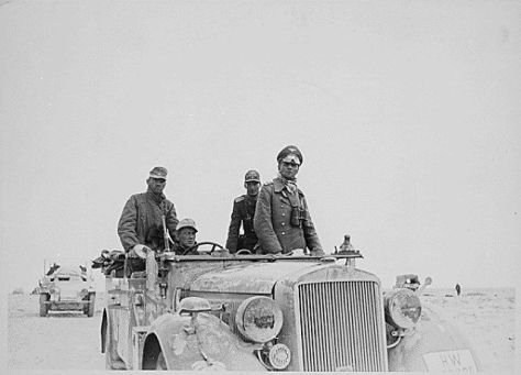 General Erwin Rommel and the 15th Panzer Division between Tobruk and Sidi Omar, 1941. Old Pics Archive.