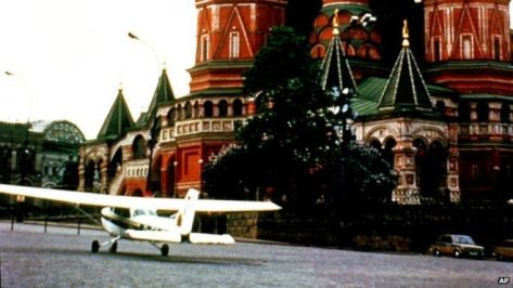 Mathias Rust, the teenager who flew illegally to Red Square, 1987. History in Pictures.
