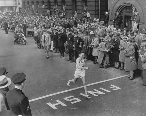 Shigeki Tanaka won the Boston Marathon. He had survived the atomic blast at Hiroshima during WW2. No applauds. 1951. History in Pictures.