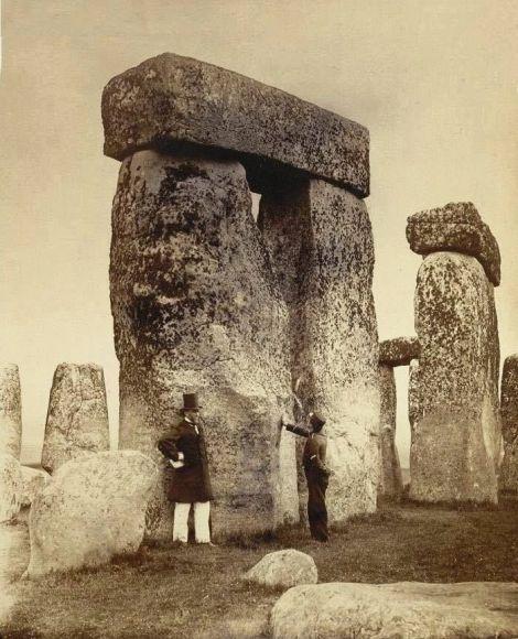 Stonehenge, 1897. Old Pics Archive.