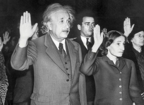 Albert Einstein and his daughter become citizens of the United States rather than return to Germany under Hitler. October 1, 1940. Historical Pics.