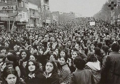 Women protesting the forced Hijab in Iran, days after the 1979 Revolution. Historical Pics.